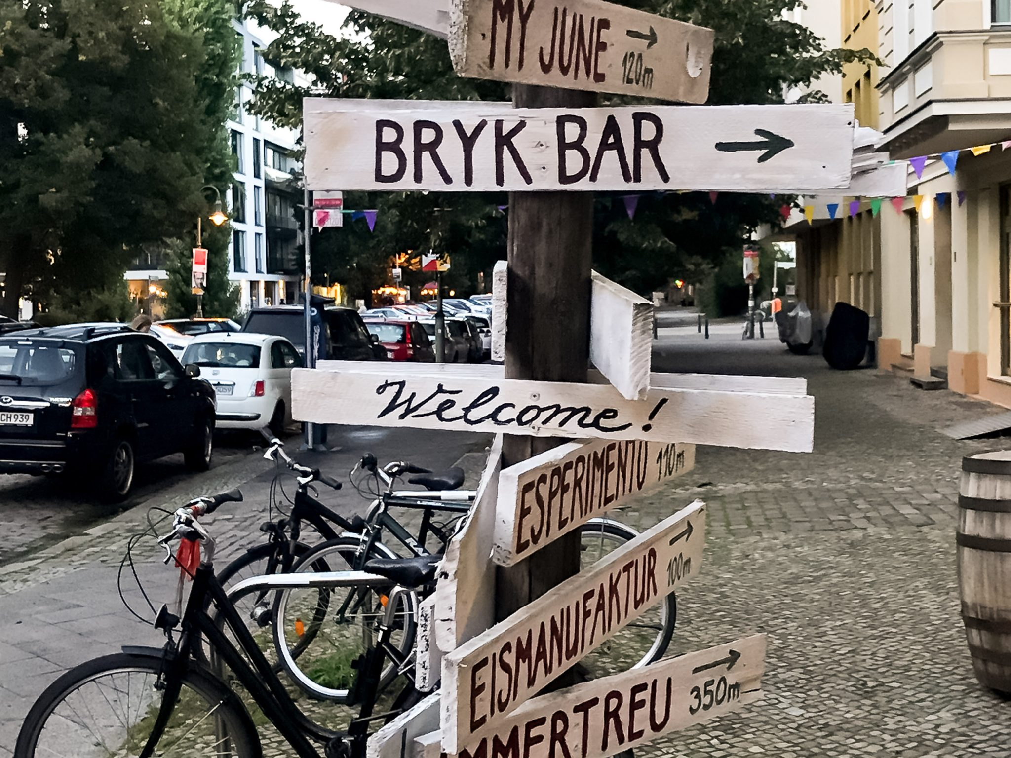 bryk bar berlin 1 400x250 cocktail bars